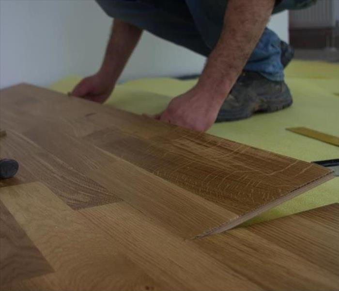 Wood Laminate Flooring Lifting: Edges Of Laminate Flooring Swelling